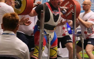 Il powerlifting di vertice. Sumner Blaine from USA.